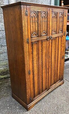 Outstanding  Carved Oak Arts & Crafts Wardrobes Very Clean Condition We Deliver