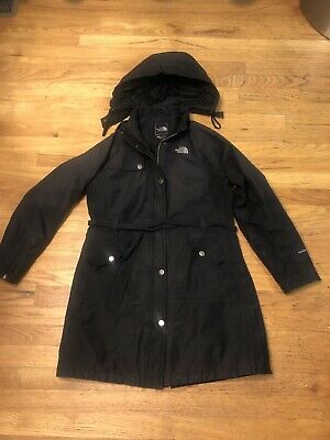 The North Face Women's black Shell Jacket Hyvent Size Medium