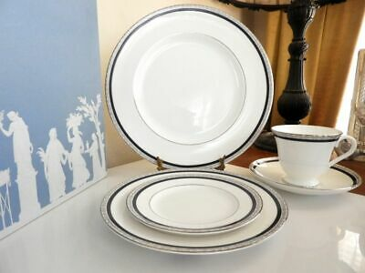 Wedgwood SEVILLE Platinum Five(5) Piece Place Setting(s) ENGLAND - NEW in BOX