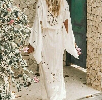 Spell And The Gypsy Collective Isla Bonita White Kimono Nwt