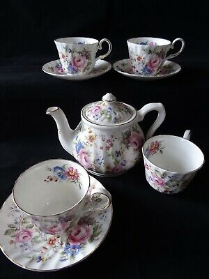 Tea Pot Royal Patrician, 4 cups and 3 Saucers, By Allyn Nelson Collection