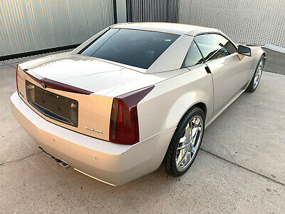 2006 Cadillac XLR Hard-Top Convertible | 4.6L V8/32V NorthStar 2006 Cadillac XLR 4.6L V8 damaged wrecked rebuildable salvage Low Reserve 06