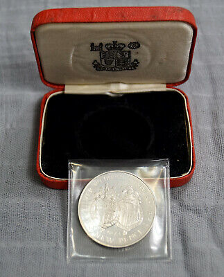 Gibraltar 1972 Silver Wedding Anniversary Sterling Silver Proof Coin In Case