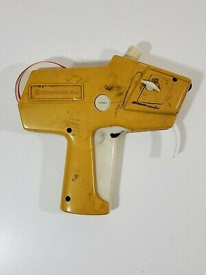 Monarch Paxar 1110 Labeler Pricing Gun Grocery Retail Yellow