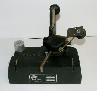 VINTAGE QTS EDIQUIP 35mm ANGLE CUT  MOTION PICTURE CAST IRON FILM SPLICER