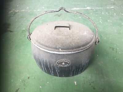 Vintage Clark & Co 4 Gallon Cast Iron Pot