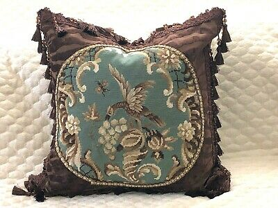 """HANDSOME VINTAGE NEEDLEPOINT TAPESTRY PILLOW OF GRIFFON 22"""" x 22""""  MUST SEE"""