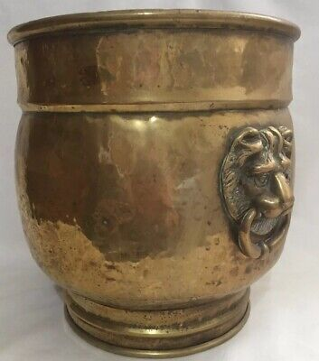 Lovely Vintage Hammered Brass Coal Scuttle Planter With Lion Head Handles VGC