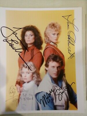"""V"" The Visitors TV Series - Lot of Cast's Photos and Autographs"