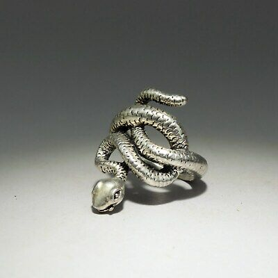 Collectable China Old Miao Silver Hand Carve Malicious Snake Delicate Decor Ring
