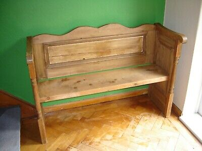 Late Victorian pine settle