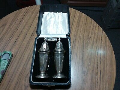 Pair Of Sterling Silver Salt And Pepper Shakers With Box - 85.6 Grams