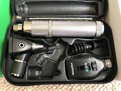 Welch Allyn Diagnostic Set Ophthalmoscope Otoscope