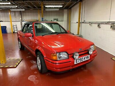 Ford Escort XR3i  - RARE 1.8 Diesel - VERY LOW MILEAGE