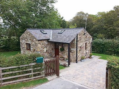4 -6 July detached holiday cottage , dogs welcome £140
