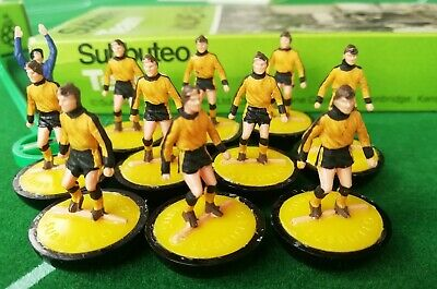 Subbuteo heavyweight team Ref 211 Wolves - Boxed
