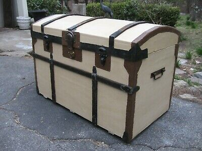 Antique Canvas Stagecoach Steamer Trunk 1800s Blanket Chest Natural Interior A+