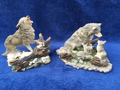 """Two Large Wolf Resin Figurine Lot Mother Howling Father Babies Cubs Wolves 6-7"""""""