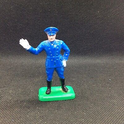 Beton Traffic Policeman Figure