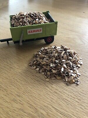 1:32 Scale Logs To Suit Farm Diorama (250ml)