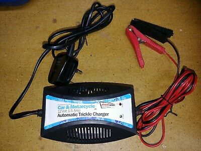 Streetwize 12v Trickle Battery Charger For Gel / Acid Batteries SWTBC