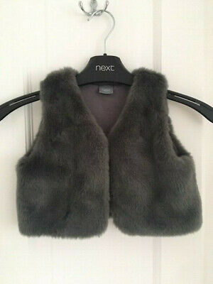 Lovely girls grey gilet from Next, Size 2-3 Years, Exc cond!