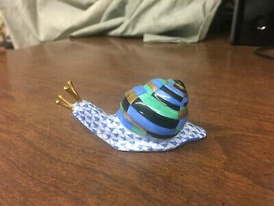 """GORGEOUS Herend Blue Fishnet SNAIL SHELL 3"""" Figurine"""