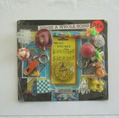 VINTAGE 1970s GUMBALL VENDING 25 CENT DISPLAY/HEADER CARD PUZZLE TOYS