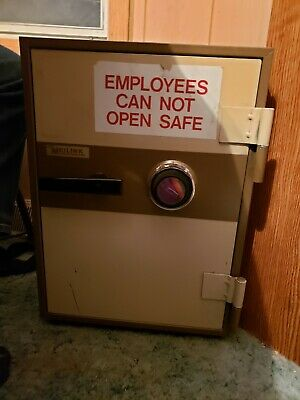 VINTAGE MEILINK SAFE Fireproof w/working combination. Great Condition