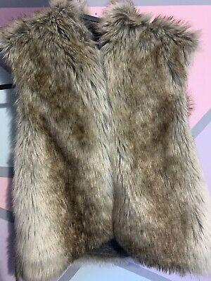Girls Next Button Up Faux Fur Gillet With Hood (Age 10)