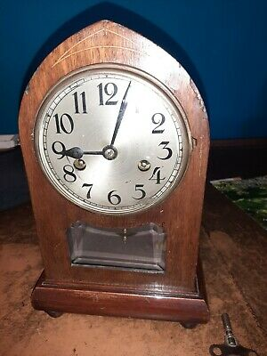 Antique, Dome Top Mantle Clock in Oak Case, Good Quality  A capital B Movement.