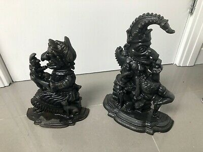 Cast iron Punch and Judy doorstops