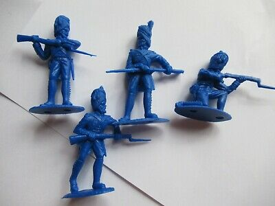 Timpo Recast 4 French Grenadiers in blue - 54mm unpainted plastic toy soldiers