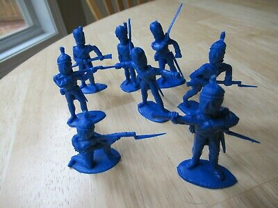 Timpo Recast 8 French Grenadiers in blue - 54mm unpainted plastic toy soldiers