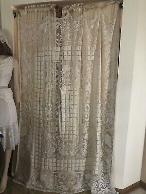 Beautiful Vintage Handmade Filet Lace Tablecloth Curtain Panel Grape Vines