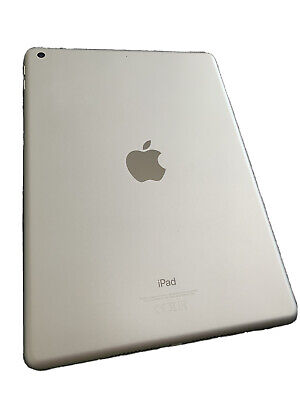 iPad 6th Generation Wi-Fi 32GB Silver - EXCELLENT CONDITION