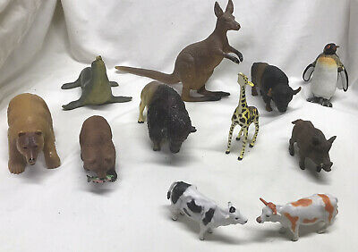 Lot Of 11 Animal Figures AAA Schleich Papo Safari Terra Kangaroo American Bison