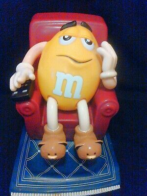 1999 M & M 'S Candy Dispenser Yellow In Recliner Tv Chair  Remote Slippers