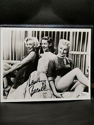 Lauren Bacall Signed 8X10 Jsa Authenticated