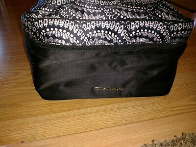 New Victorias Secret Bra Panty Lingerie Travel Train Case Bag Black White