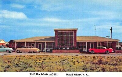 "Nags Head NC ""The Sea Foam Motel"" 1950's Cars Postcard"