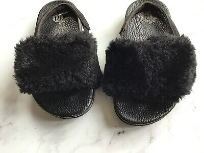 Girls River Island Black Faux Fur Sliders Sandals With Elasticated Back Size 8