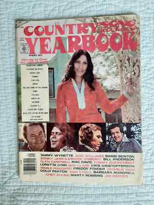Country Song Roundup Yearbook 1976 Loretta Lynn cover