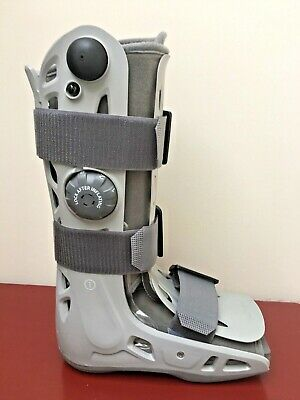 Aircast Walking Boot/ Foot And Ankle Brace (Size Small)