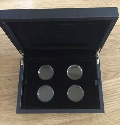 RM The Tower of London £5 Five Pound Coin Collection Display Box With Capsules.