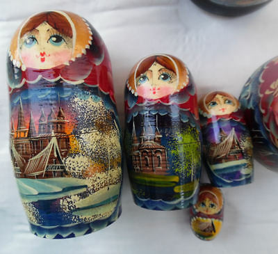 Russian Matryoshka Nesting Doll Exquisite Hand Painted Accented Details 5 Dolls