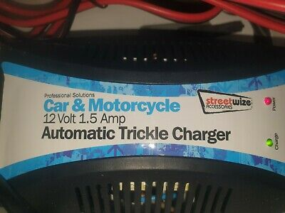 Streetwize 12v in Car Trickle Battery Charger for car bike boat