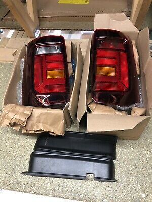 OEM VW New Caddy facelift tail lights caddy2k smoked genuine vw parts new!!