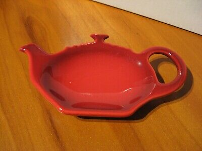 Le Creuset Lamucan Fleur S with lid Heat resistant container Cherry red F//S