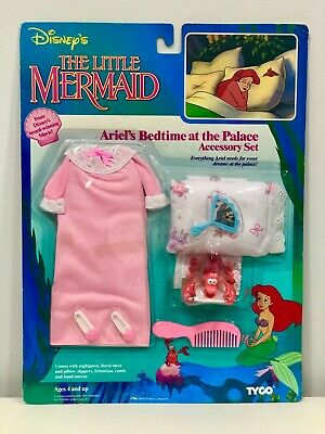 Ariel's bed time at the palace accesory set